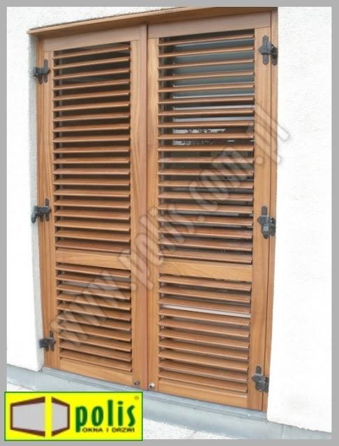 okiennice, drewniane, z regulowanymi lamelami,