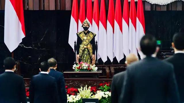 Jokowi Minta Masyarakat Ubah Cara Kerja