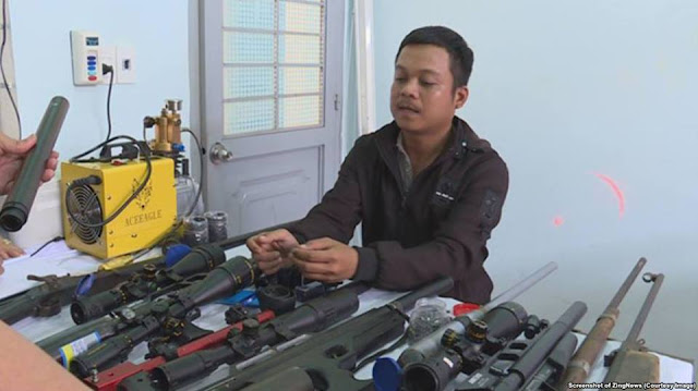 Việt Nam bắt thợ cắt tóc tự chế súng trường