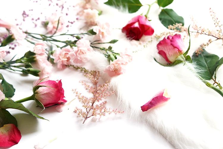 enhance-natural-beauty-tips-beauty-flatlay-barely-there-beauty-blog