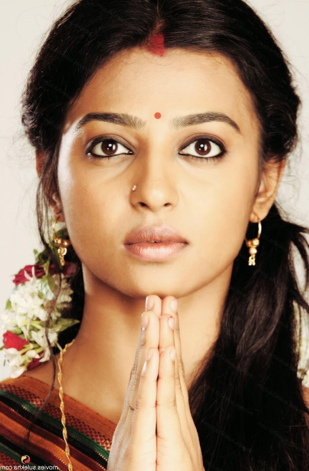 Radhika Apte Nude Movie