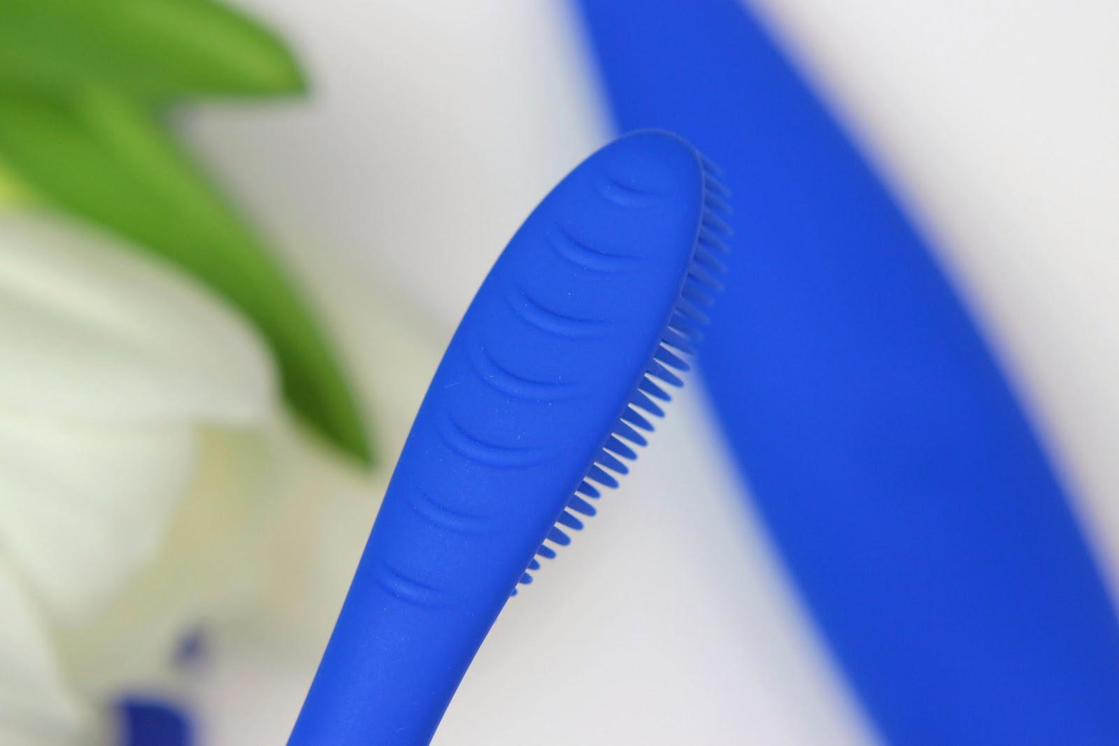 antibakteriell, bürstenkopf, elektrische zahnbürste, empfindliche zähne, erfahrung, foreo, issa hybrid, mundhygiene, review, schallzahnbürste, silikonborsten, sonic pulse technologie, zähne aufhellen,