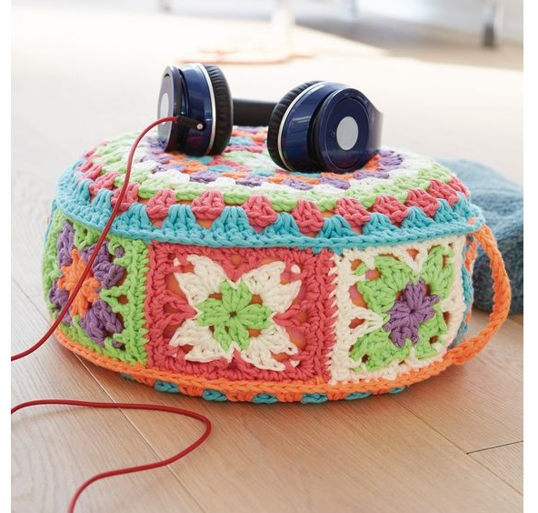 new best cute round table with  calm blend colours crochet pouf for sofa corner