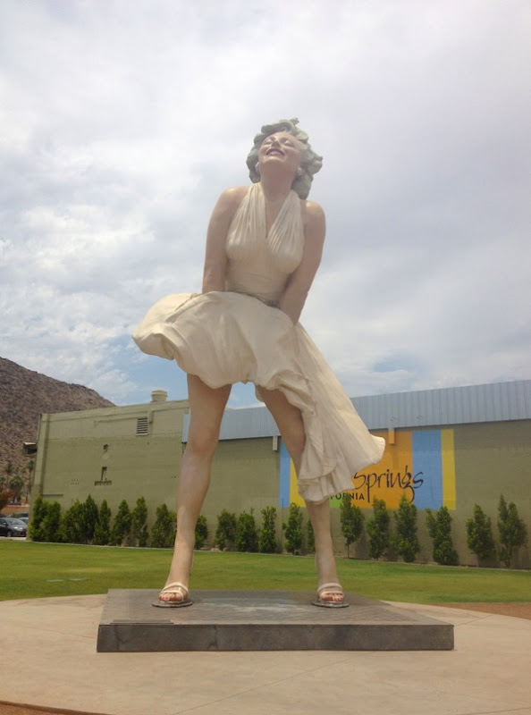 Forever Marilyn sculpture