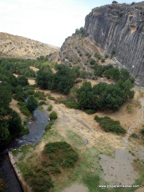 bañarse en el río Lozoya en Madrid