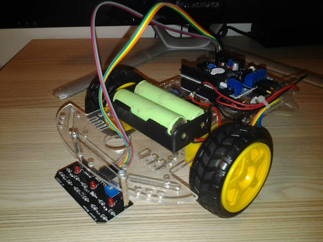 โปรเจค หุ่นยนต์เดินตามเส้น 3 เซ็นเซอร์ Arduino + L298P