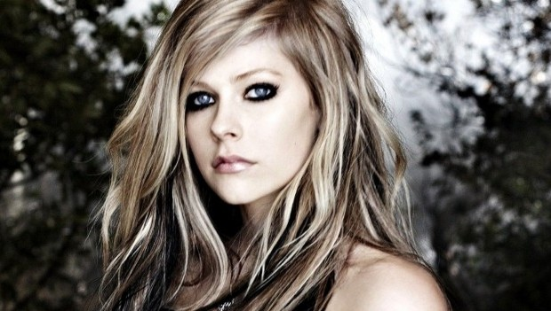 Lirik dan Chord Lagu Freak Out ~ Avril Lavigne