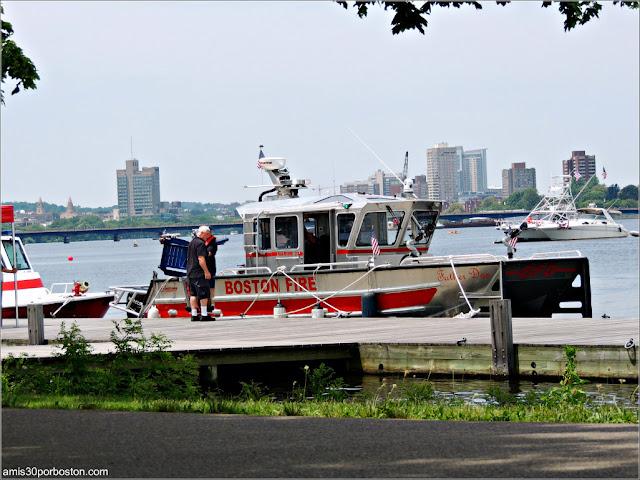 Seguridad en el Río Charles durante el 4 de Julio