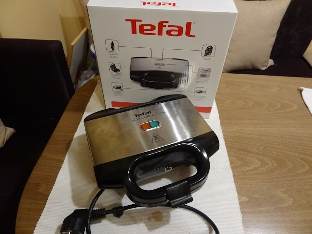 Tefal Ultracompact SM1552 sandwich maker review