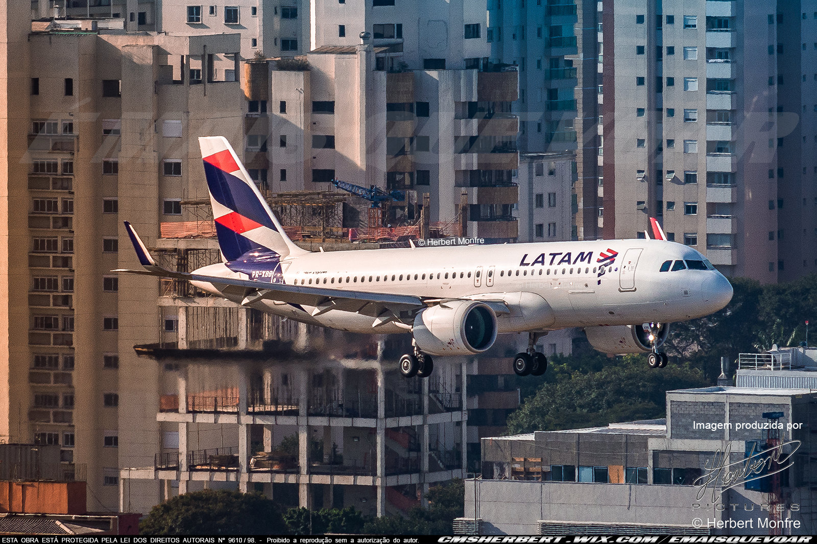LATAM has already hired 250 people during the resumption and outlines plans for the air sector in the second half | | Photo © Herbert Monfre - Airplane photographer - Events - Advertising - Essays - Hire the photographer by e-mail cmsherbert@hotmail.com | Image produced by Herbert Pictures - MORE THAN FLY