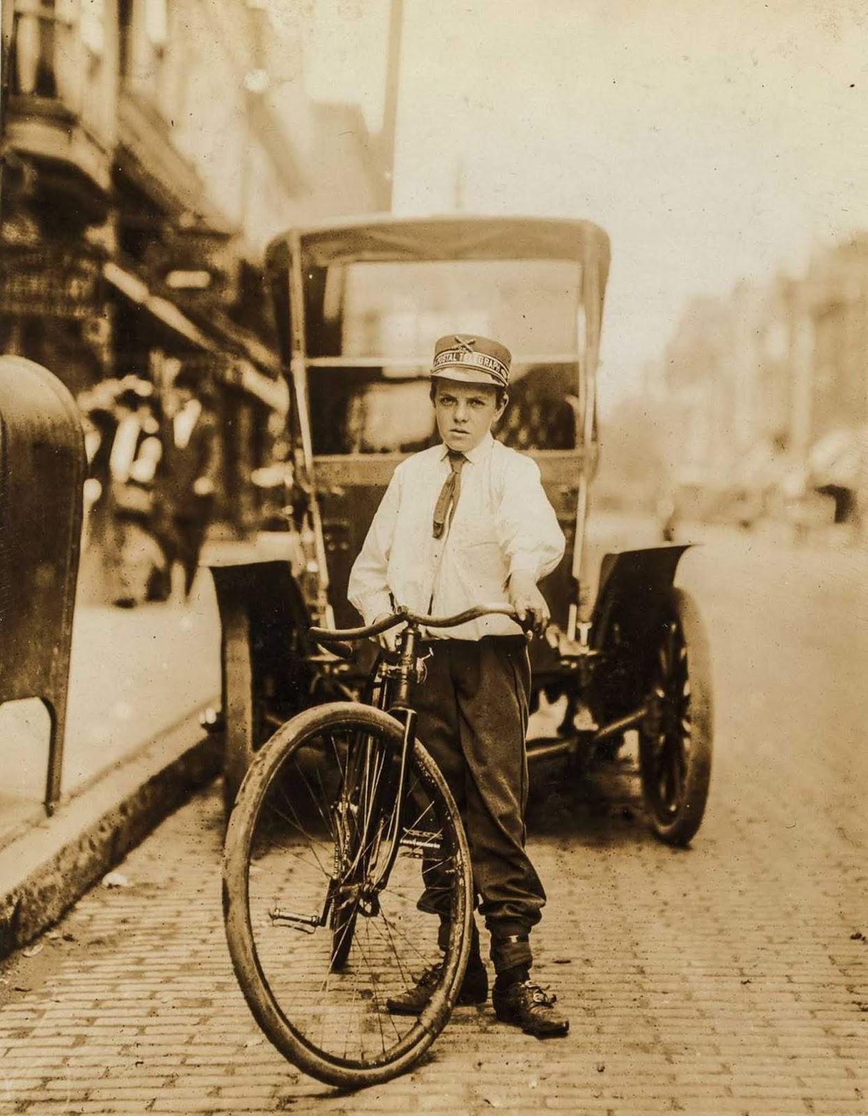 Los primeros mensajeros en bicicleta adolescentes, 1908-1917