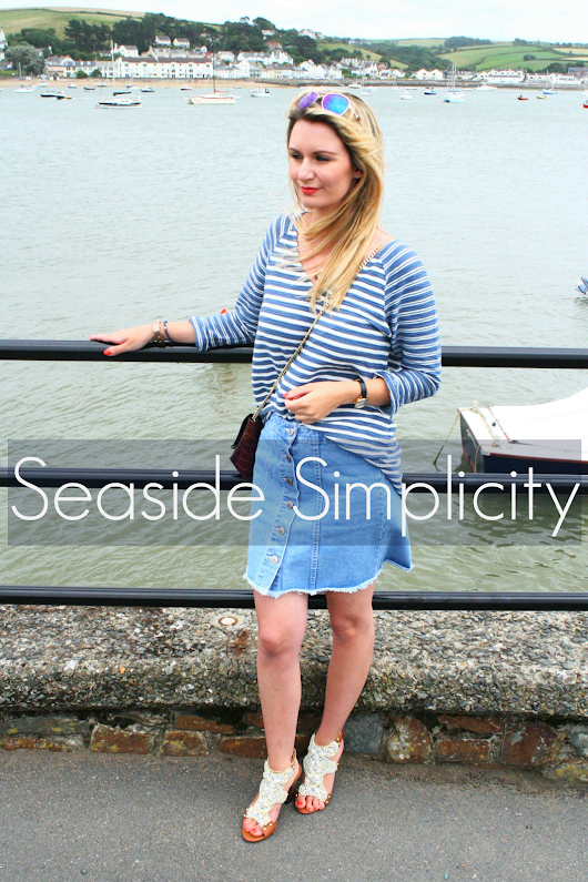 OUTFIT | Seaside Simplicity