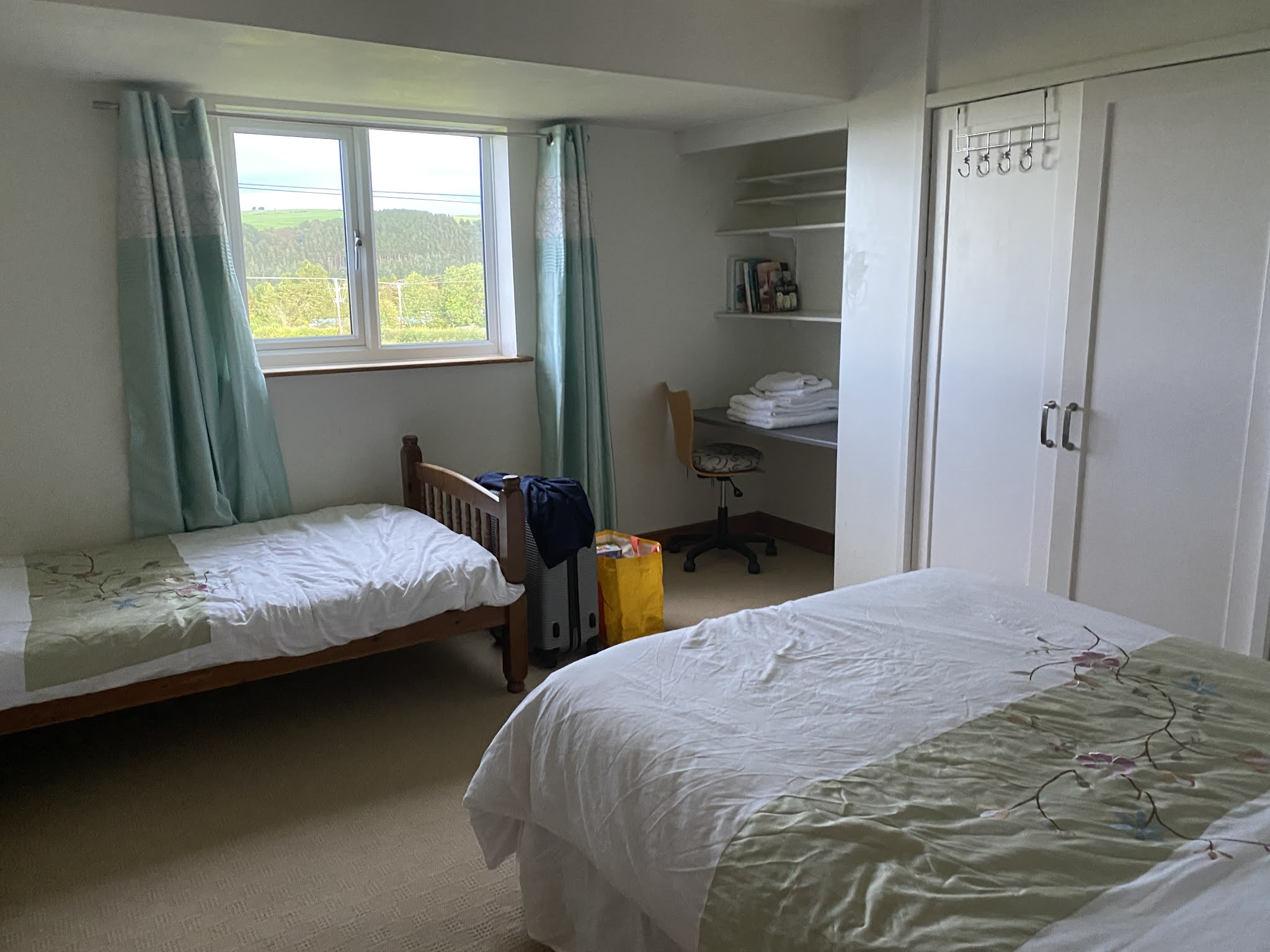 Snowdonia View Farmhouse - double and single Bedroom
