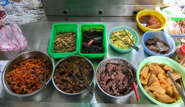 新莊菜市場內~素食清粥小菜