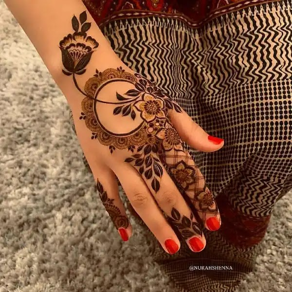 Latest_henna_pattern_for_Indian