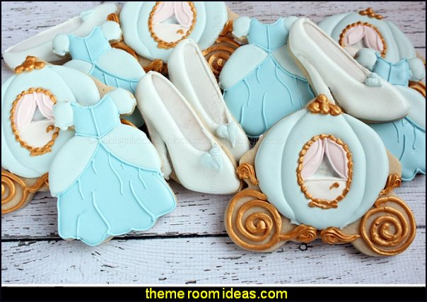 Cinderella Birthday Cookies, Cinderella  Carriage cookies Glass slipper cookies Cinderella favors, Decorated Cookies