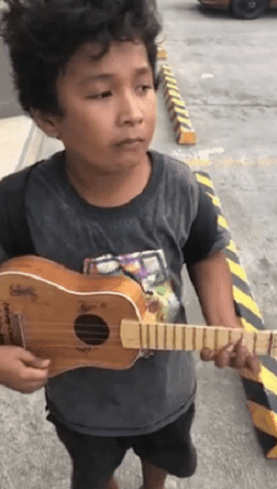 Viral 'Ukelele Boy' loses ukulele in fire that burned their house down