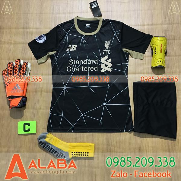 Áo Liverpool 2020 Training 10 Màu Đen
