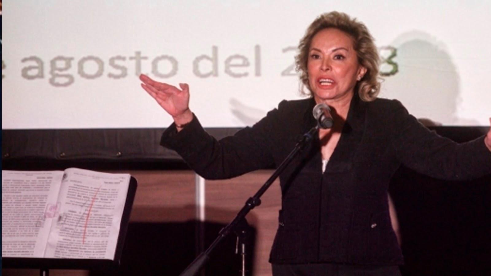 Elba Esther Gordillo anuncia que irá por la dirigencia del SNTE