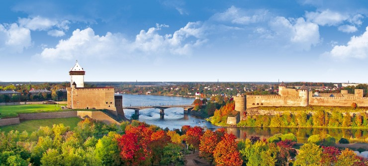Top 10 Places to See in the Baltic States - Narva Castle, Estonia