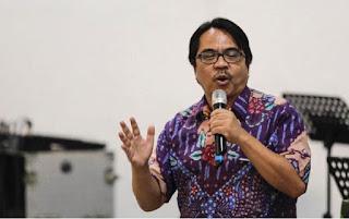 Ade Armando: Saya Pendukung Jokowi Tapi Saya Juga Dukung Macron