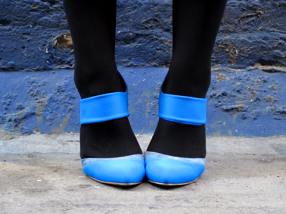 electric blue neoprene suede Stefanel high heels