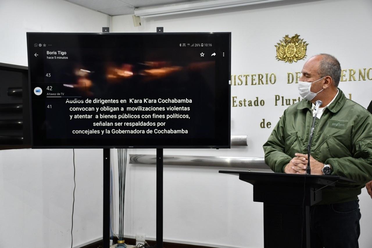 Murillo muestra audios que incitaron a la violencia en Kara Kara / ABI