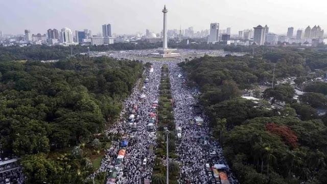 Reuni Akbar 212: Jutaan yang Hadir, Mana Ada yang Sanggup Bayar