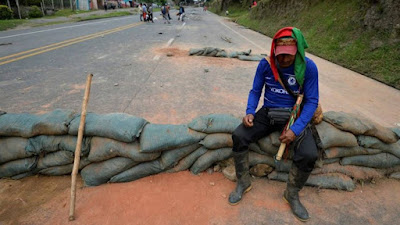 Anuncian bloqueo indefinido en la vía Risarada - Chocó