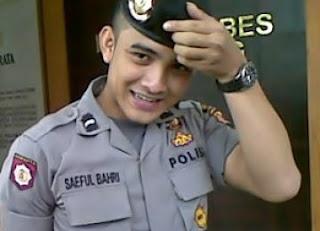 POLISI GANTENG - Saeful Bahri