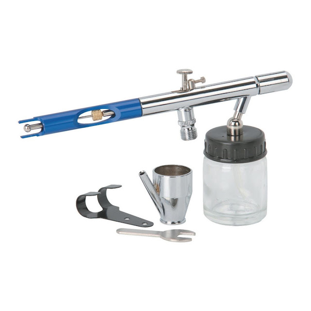 Harbor Freight Central Pneumatic 3/4 Oz Deluxe Airbrush Kit
