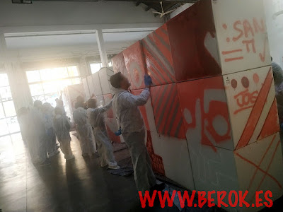 graffiti team building sobre cajas