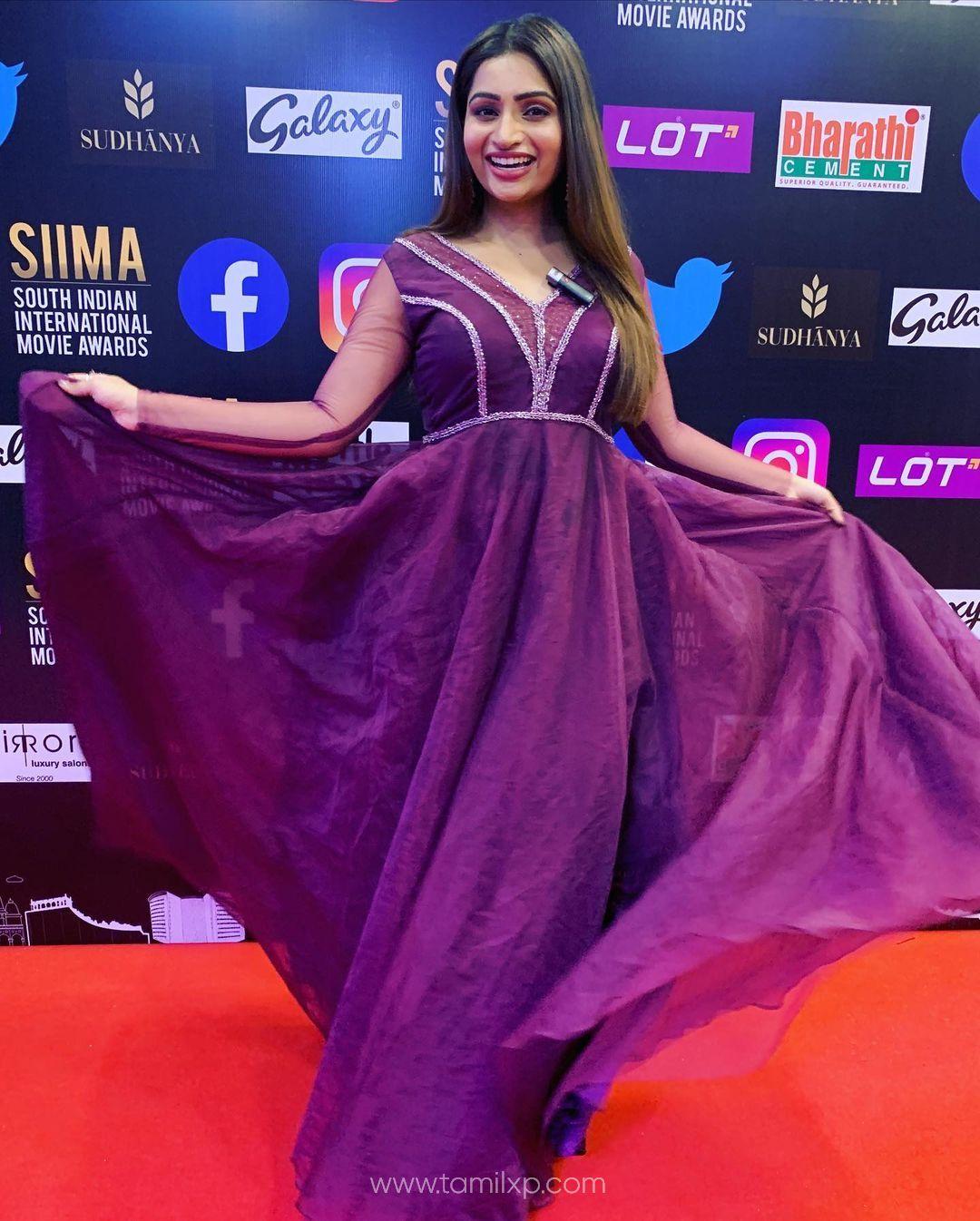 actress nakshathra nagesh instagram