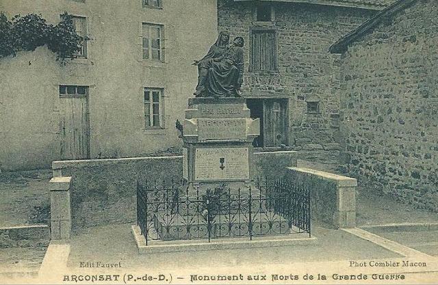 CPA monuments aux Morts du Puy-de-Dôme, Arconsat