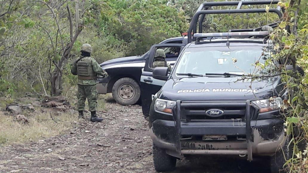 Hallan al menos tres cadáveres en fosa clandestina de Irapuato