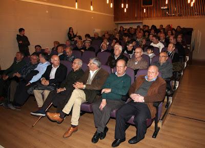 Parte de los asistentes al evento de la memoria oral de la minería.