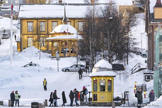 Lokkekiosken, Tromsø - Noruega, por El Guisante Verde Project
