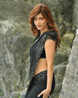 Shruti Haasan in black saree
