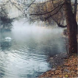 Những hồ nước phủ sương mơ màng khi sang đông 3