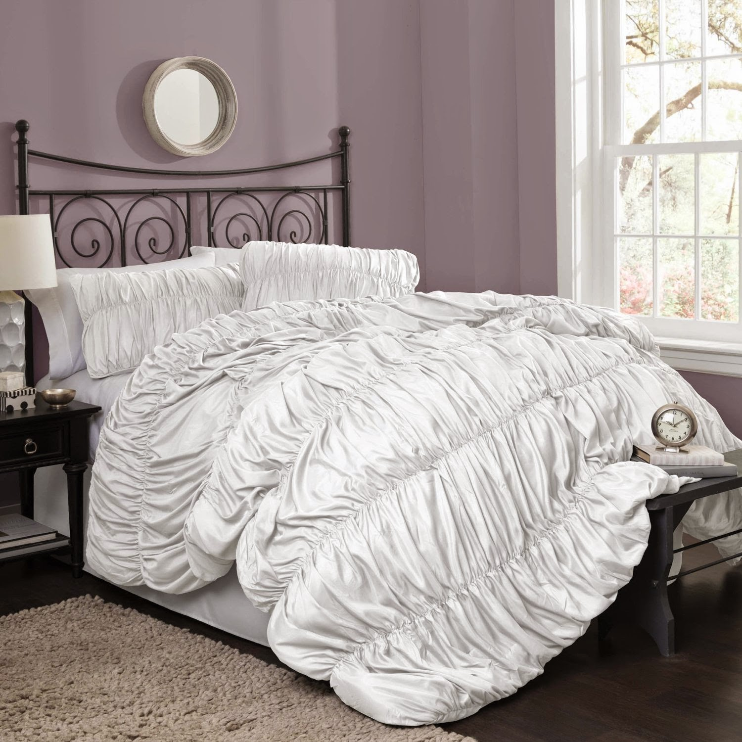 Thrifty and chic diy projects and home decor - Quilts and comforters for bedrooms ...