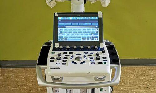 Ένα νέο μηχάνημα υπερηχογραφίας General Electric Vivid S70 N, για χρήση τόσο στη Γενική ΜΕΘ όσο και στις ΜΕΘ-COVID παρέλαβε το Πανεπιστημιακό Νοσοκομείο Ιωαννίνων.