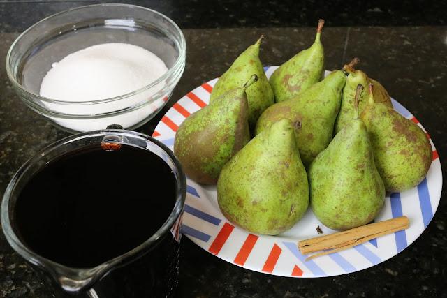 Ingredientes para peras al vino tinto