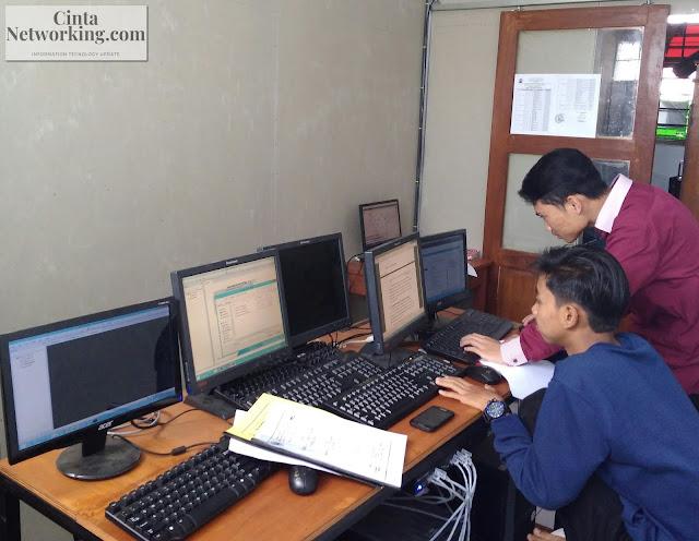 Prospek Dan Peluang Berkarir Di Dunia Teknologi Informasi Dan Komunikasi - Cintanetworking.com
