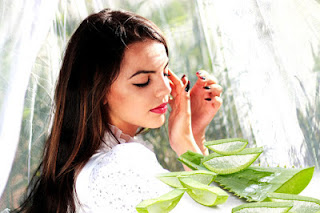 how-to-use-aloe-vera-on-face-for-pimples-in-hindi, Aloe- Vera-Face- Pack-Pimples, ऐलोवेरा -beauty-face, सुन्दर- दमकती- त्वचा- के- लिए- एलोवेरा, एलोवेरा - Aloevera
