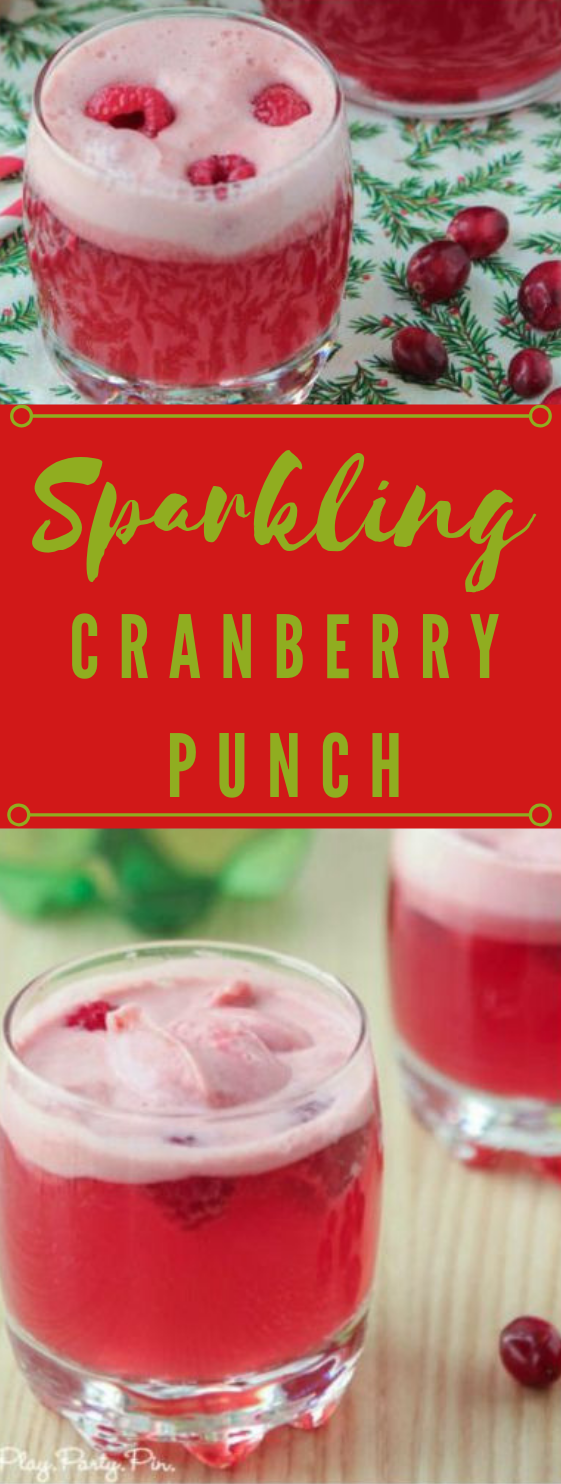 CRANBERRY RASPBERRY HOLIDAY PUNCH #drink #raspberry #party #healthy #punch