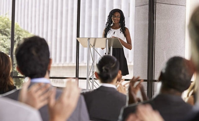 how to become better public speaker improve speaking presentations