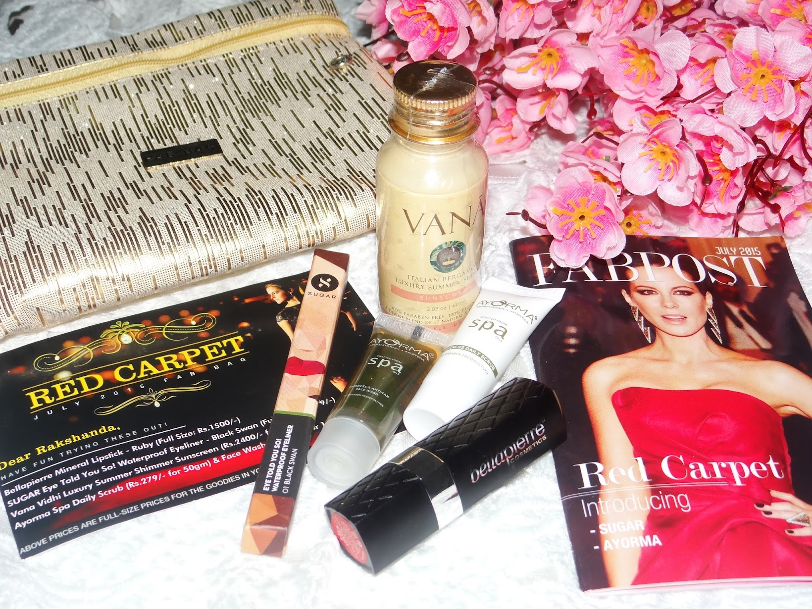 Red carpet makeup with July 2015 Fab Bag, classic makeup, classic winged eyeliner, date night makeup, Fab Bag, indian beauty blog, july fab bag red carpet, makeup, makeup for red lips, how to do a red carpet makeup, red lips, vintage makeup