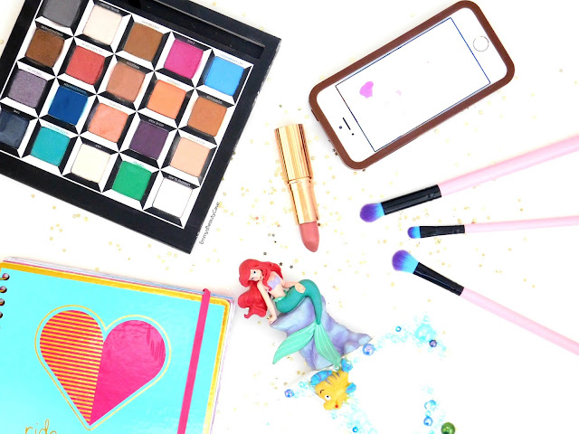 Beauty Flatlay, Blogging Tips, Blogging Full Time