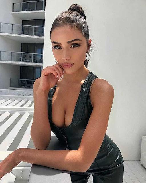"""""""Hoa hậu chân ngắn"""" dẫn đầu danh sách 100 mỹ nhân hấp dẫn nhất thế giới 2019"""