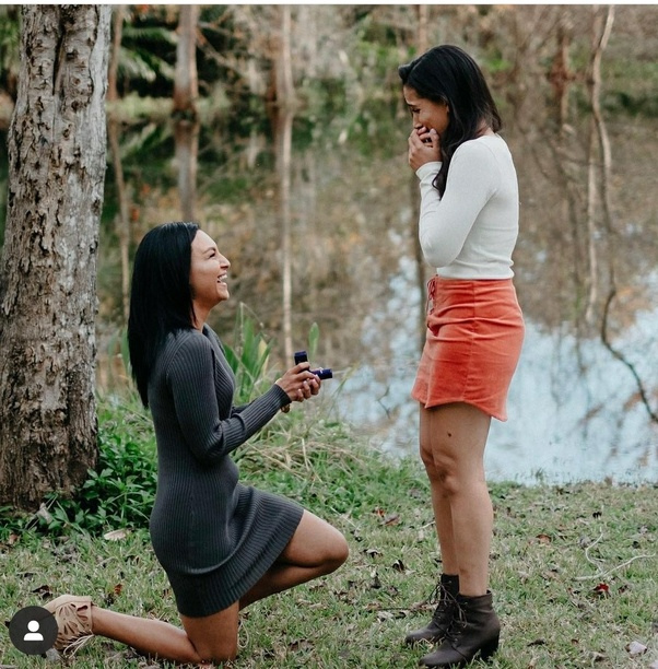 Girl Proposes To her bestie